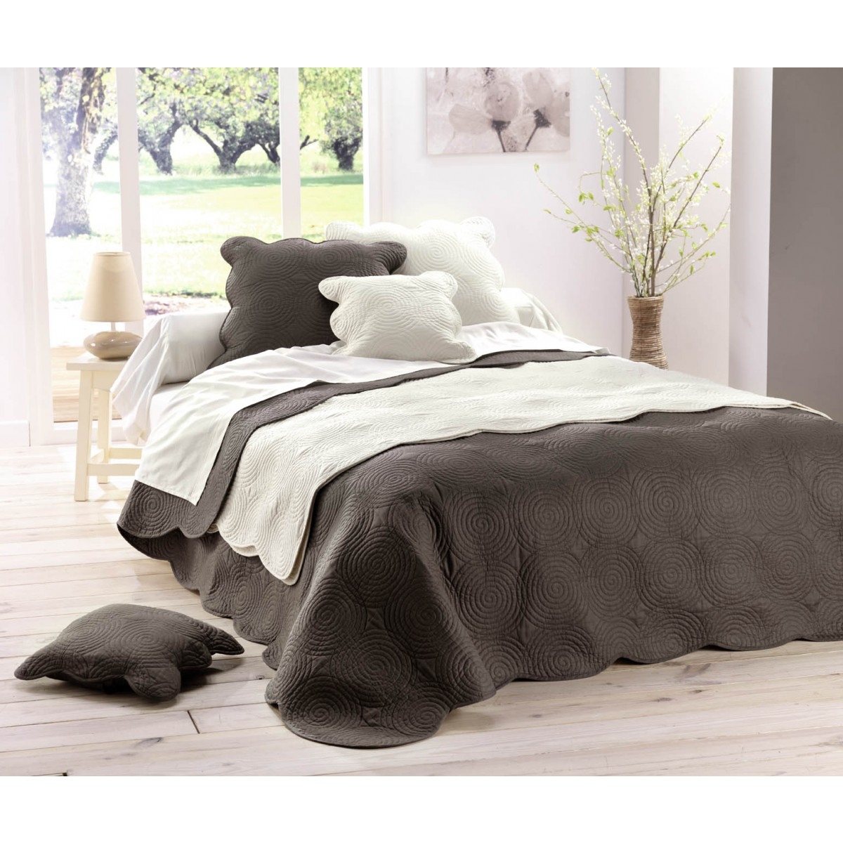 housse coussin matelasse 60x60 boutis naturel les douces. Black Bedroom Furniture Sets. Home Design Ideas