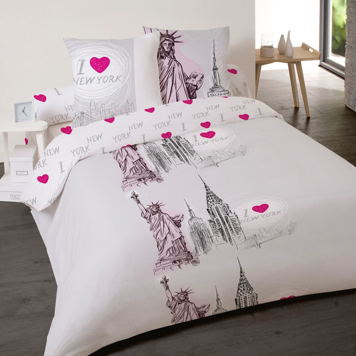 parure de couette ny statue 2 personnes les douces nuits de ma linge de maison. Black Bedroom Furniture Sets. Home Design Ideas